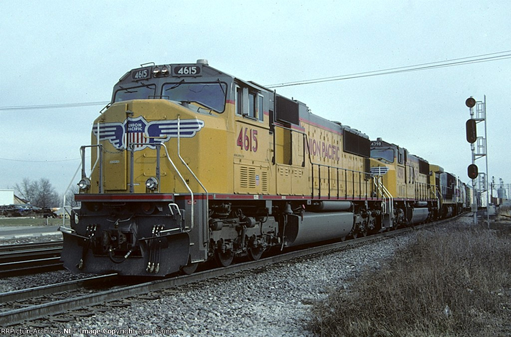 UP SD70m 4615