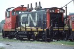 CN SW1200RS 1327