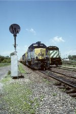 CSX GP38-2 2502