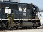 CN C44-9W 2574