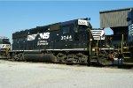 NS GP40-2 3044