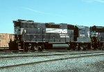 NS GP38-2 5136