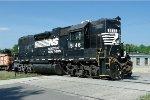 NS GP38-2 5146