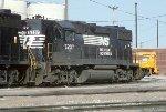 NS GP38-2 5207