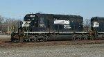 NS SD40-2 6105