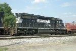 NS SD40-2 6151
