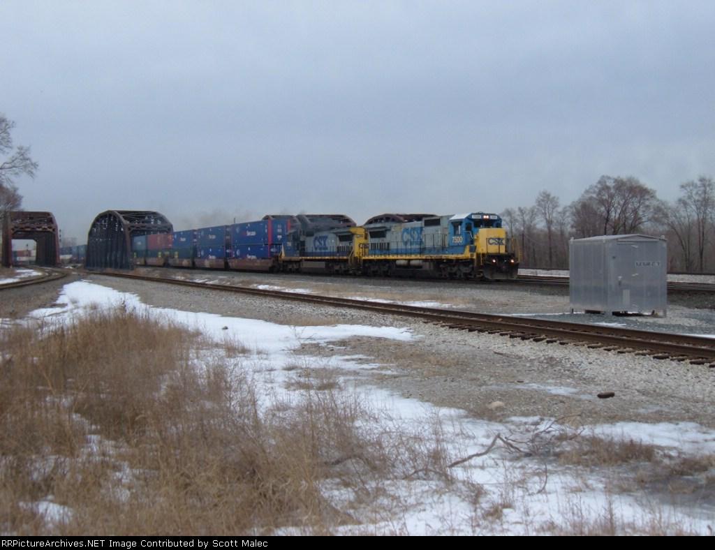CSX 7500 & 7746