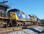 Train Q675-17
