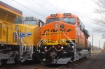UP 7659 and BNSF 7517