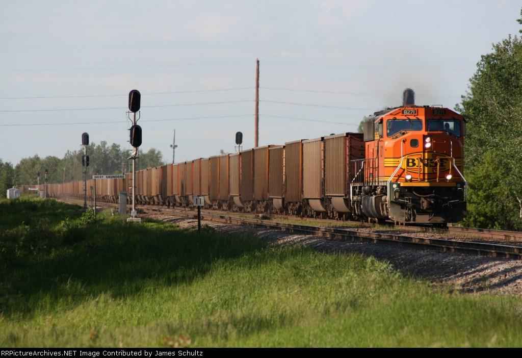 SD70M leads a coal train