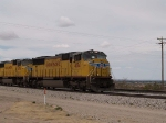 UP 4154 leads an EB doublestack at 1:25pm