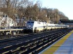 Metro North P32AC-DM Poughkeepsie bound