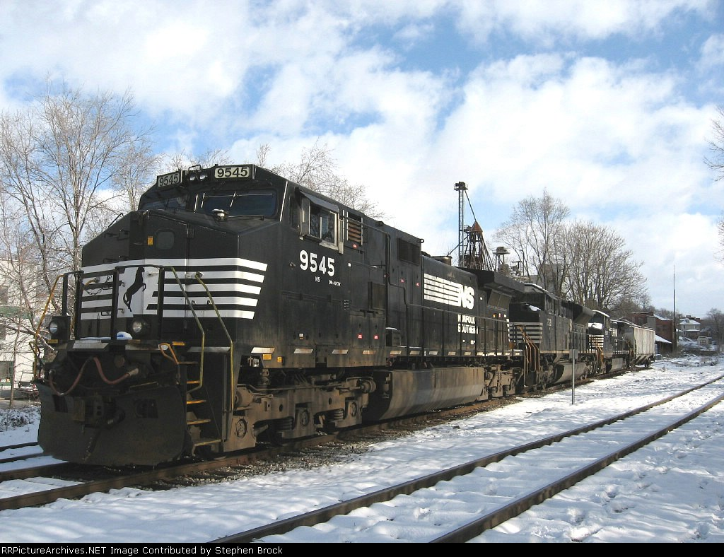 NS 9545, 2721 & 9011 Idle in the yard