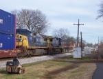 Train Q123-03