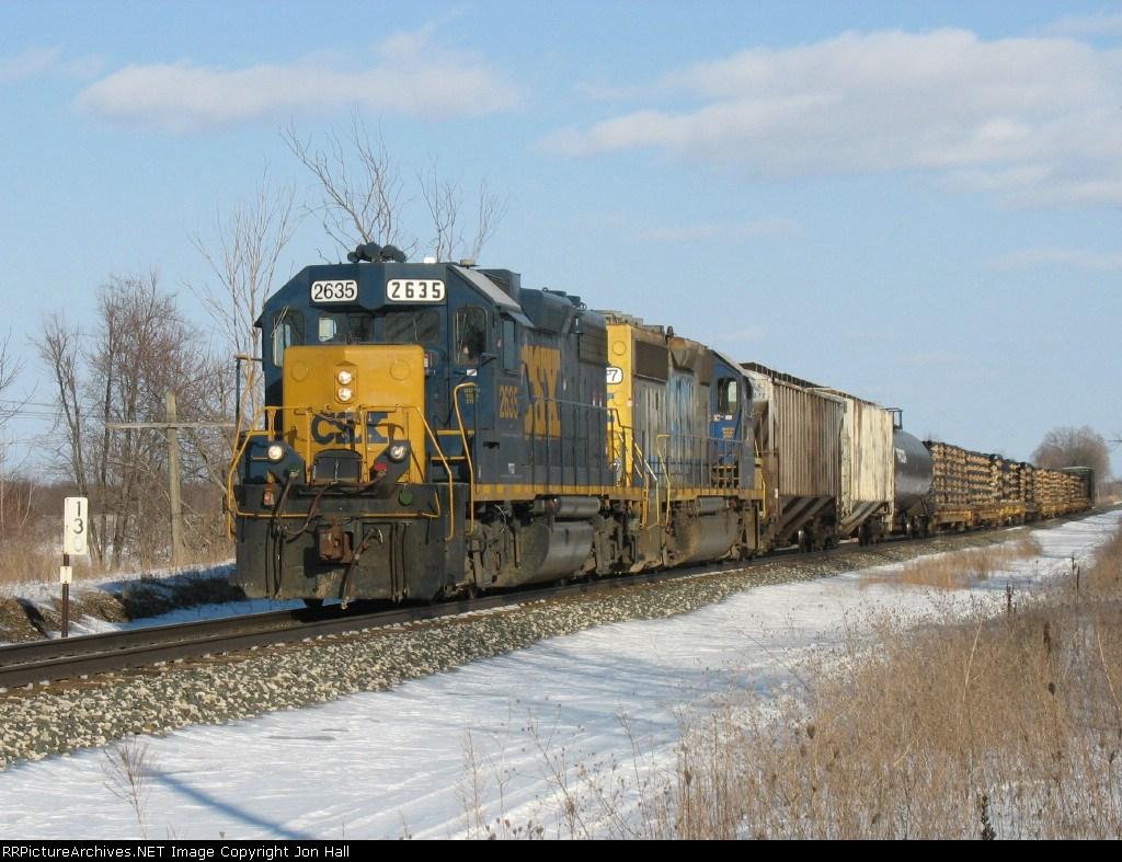 CSX 2635 & 6117 leading D908 back west