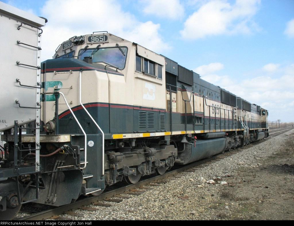 BN 9651 & BNSF 9586
