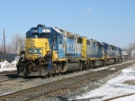 CSX 2672, 2520, 7602 & 8715 backing into the yard