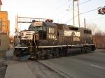 NS 5343 rolling across Ann St