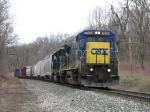 CSX 7639 & HLCX 8176 heading east with Q326