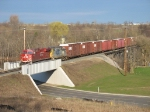 X500-28 behind CP 8749 and CSX 2631 for Lansing