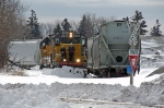 LLPX 2247 clearing the tracks in the North End