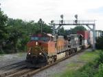 BNSF 4972 on NS 175