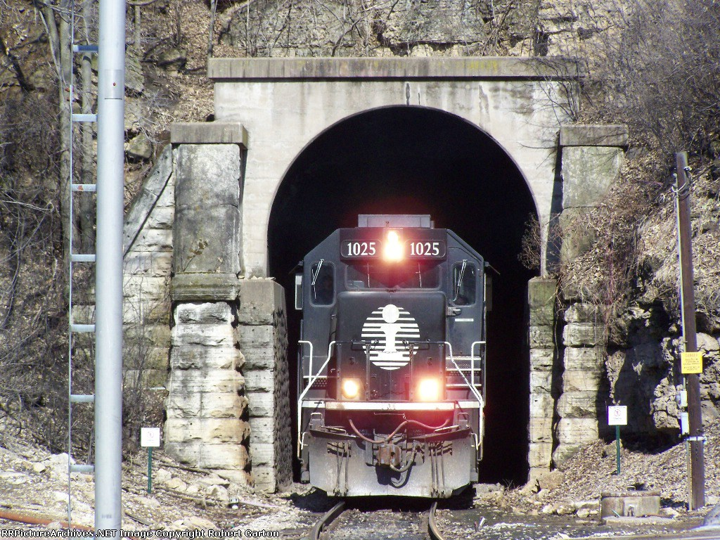 IC 1025 (SD70) Emerges from the CN/IC Tunnel On the Way to Chicago