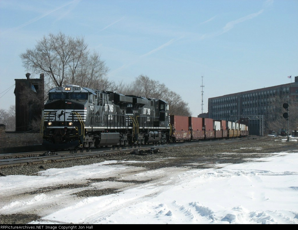 NS 7627 & 7623 with 23W