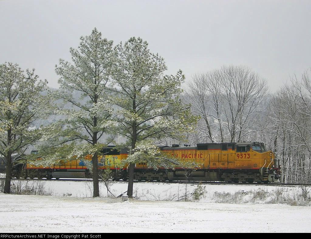 UP 9573