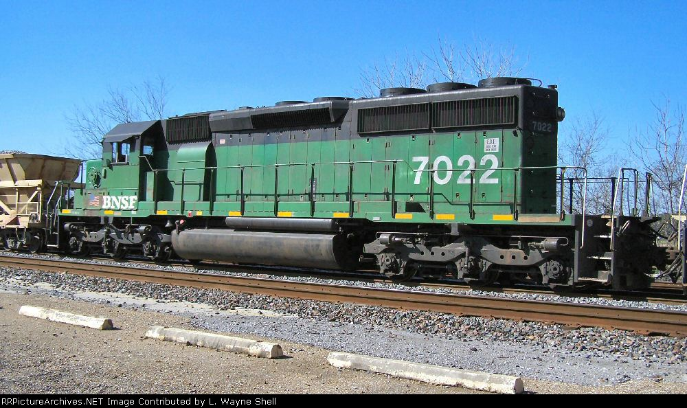BNSF 7022 is the second unit on the Georgetown work train.