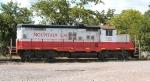 Louisiana and Delta GP10 1852 sits