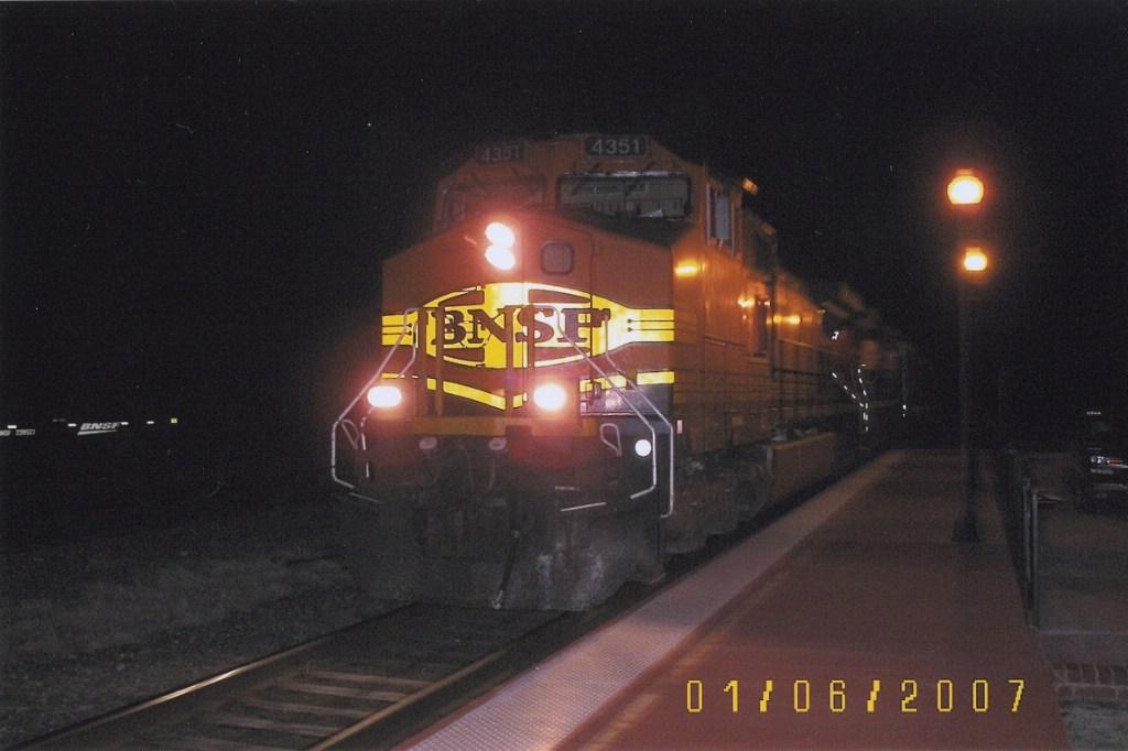 BNSF C44-9W 4351
