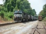 NS train 148 EB