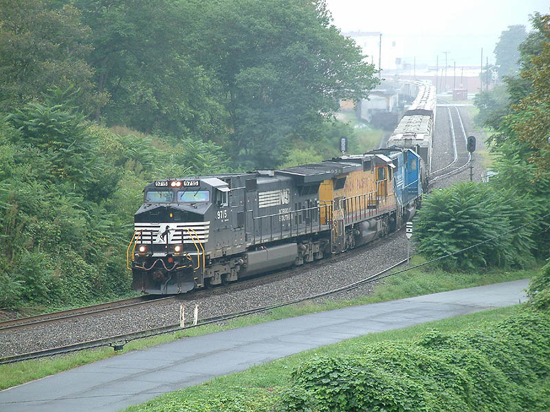 NS 135 leaves Old Fort