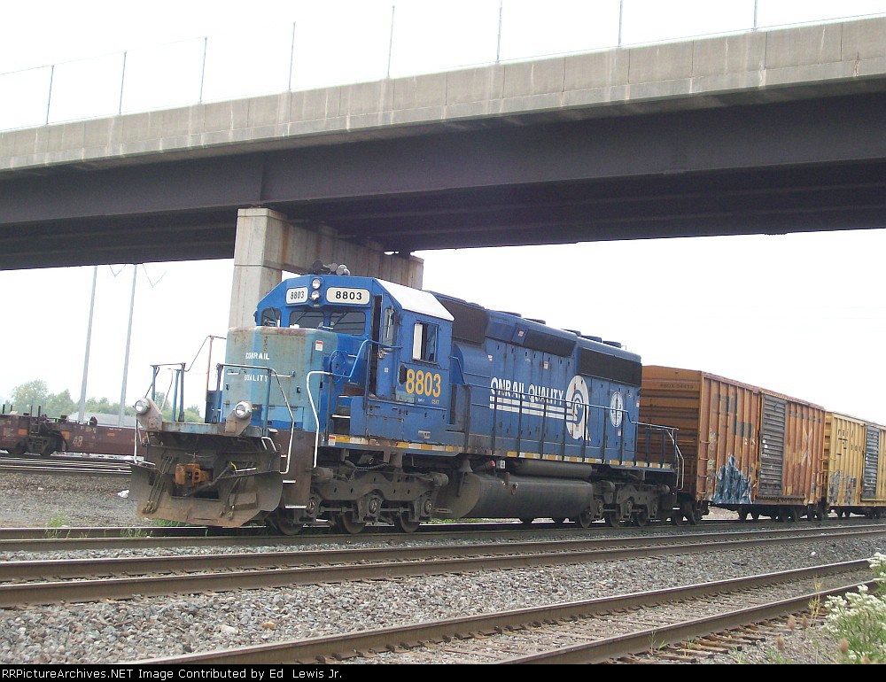 CSX 8803 (CR 6373) showing off her ugly nose repairs.