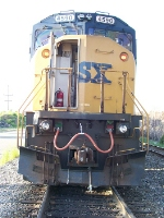 CSX 4590 with class lights on in propper fashion