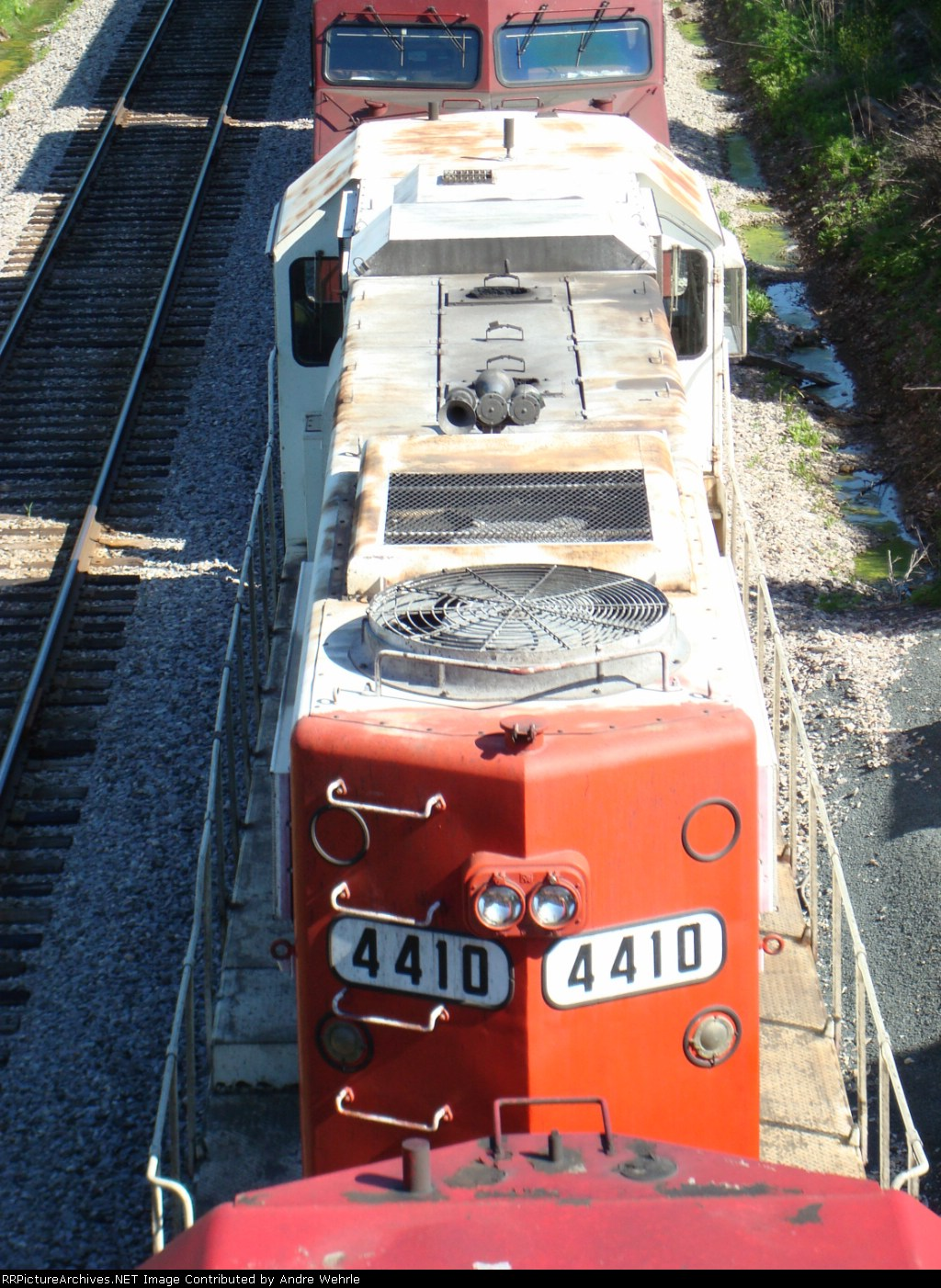 Roof of SOO 4410