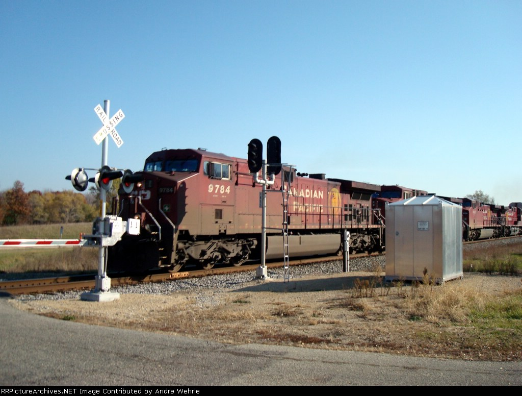 CP 9784 leads 199 westbound across Weyh Road