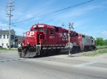 CP 4507 follows 4424 across Milford Street