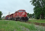 CP 8652 and a HOT intermodal west