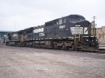 NS 8390