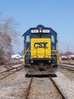 Head on of CSX 1557