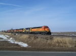 New to Site: BNSF 7951 and Others Lead Mixed Freight Toward Sioux City