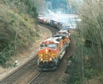 BNSF 4352 East @ Picnic Point
