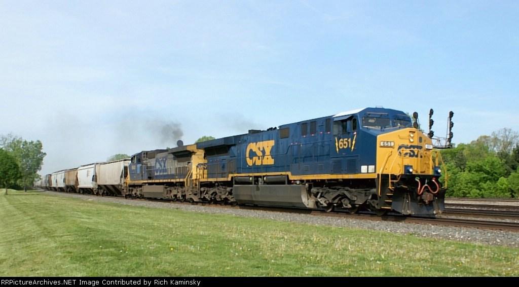 CSX 651