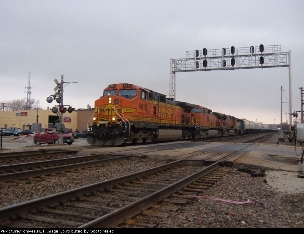 BNSF 4810, 4824 & 4048 & FURX 8129