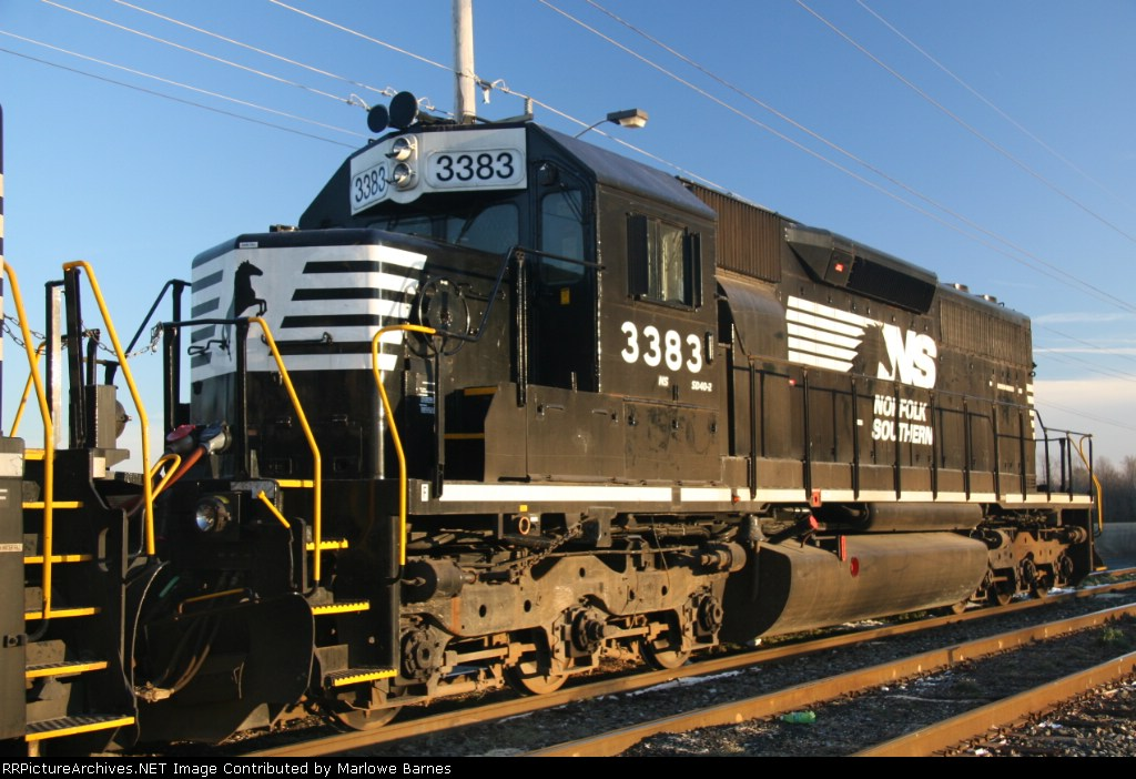NS 3383 is a pristine (well, almost) example of of an EMD classic