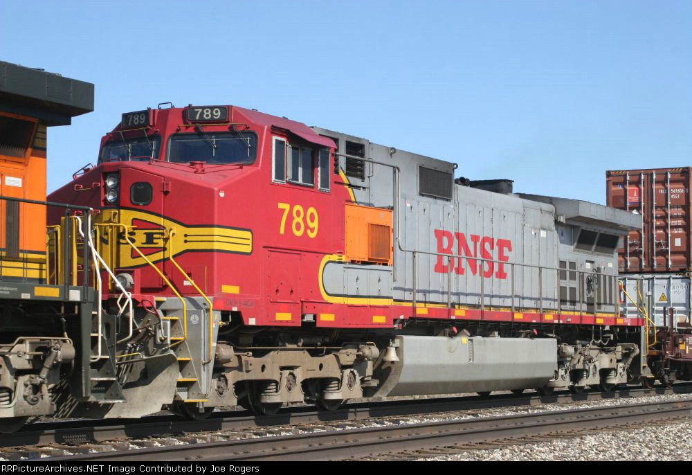 BNSF 789
