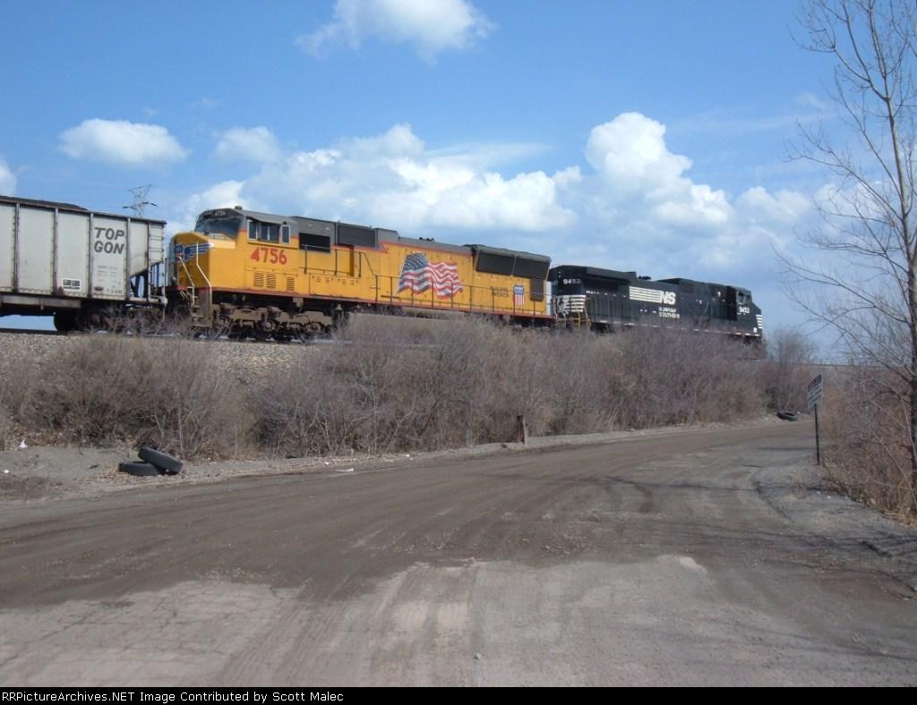 NS 9453 & UP 4756