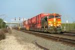 BNSF 4461 west